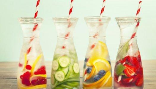 Hidrate-se: conheça alternativas de bebidas refrescantes para os dias quentes