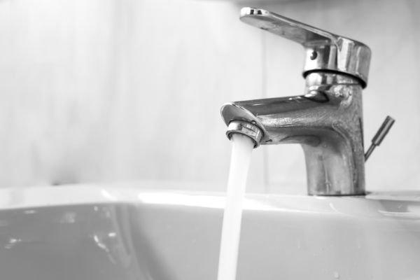 dia mundial da água escovação