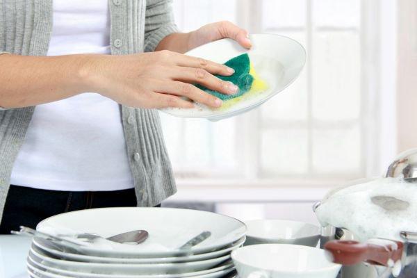 dia mundial da água lavar louça