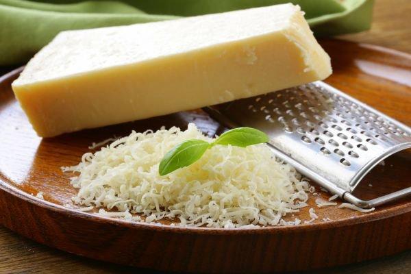 tábua de queijos parmesão