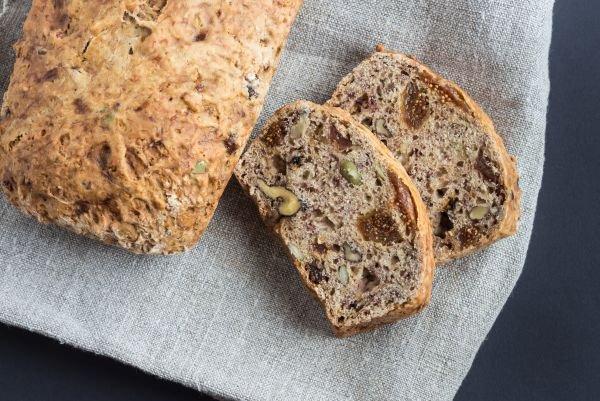 harmonização de pães e vinhos pão de figo