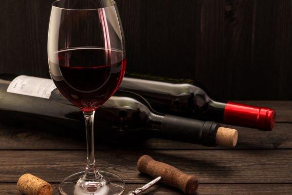 taça de vinho bordeaux