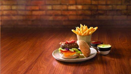 [Receita] Dia do Hambúrguer: Aprenda a fazer um hambúrguer caseiro