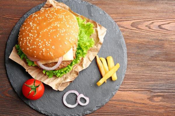hambúrguer caseiro - topview