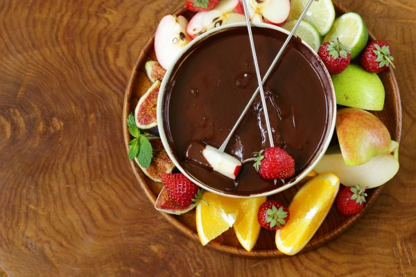 ideias criativas fondue em casa - frutas