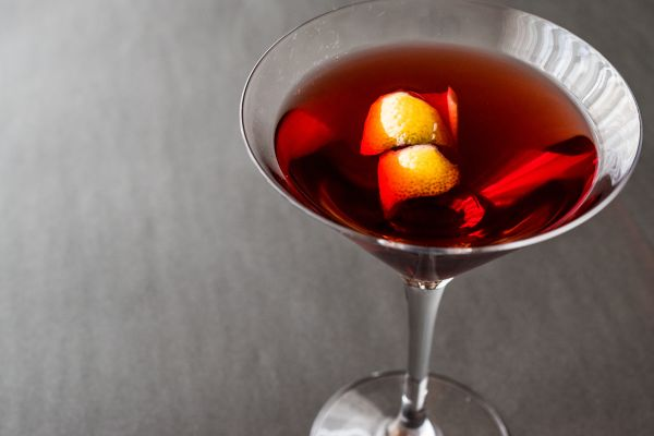 receitas de drinks manhattan