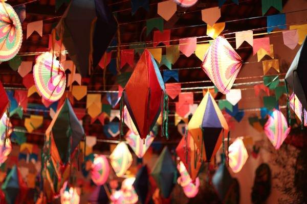 decoração de festa junina balões