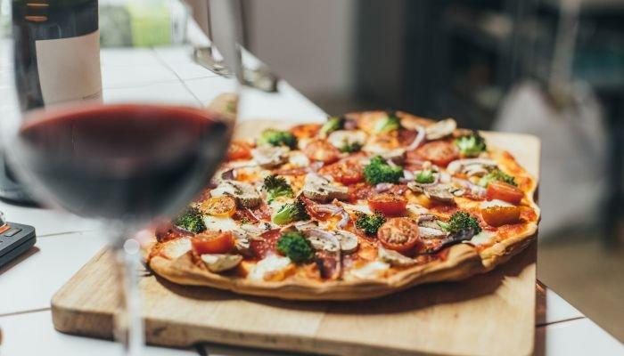 harmonização de vinhos e pizza