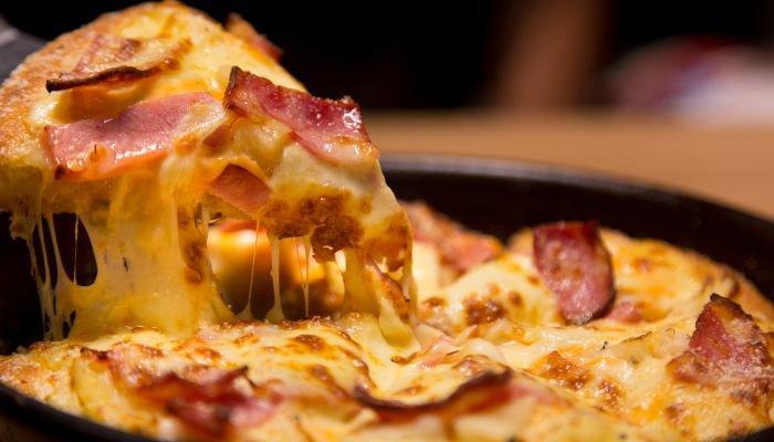 harmonização de vinhos pizza bacon