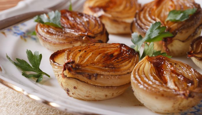 saladas para acompanhar o churrasco - cebola caramelizada