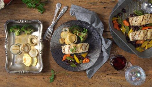 [Receita] Codfish do Alaska com batatas e pimentões