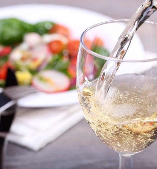 comida vegetariana e vinho - capa