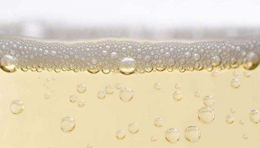 Qual a diferença entre espumante, vinho frisante e champagne?