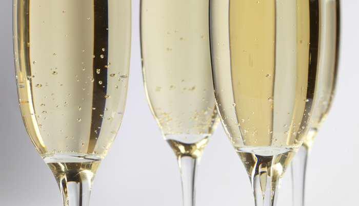 diferença entre frisante, espumante e champagne - sabor