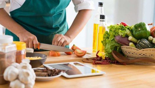 Torne-se um Chef de primeira com esses 12 truques de cozinha!