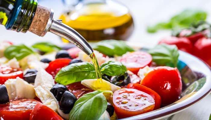 azeite combina com o que - salada