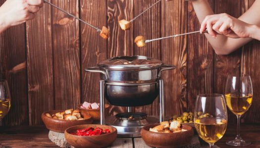 Quais são os melhores acompanhamentos para fondue?