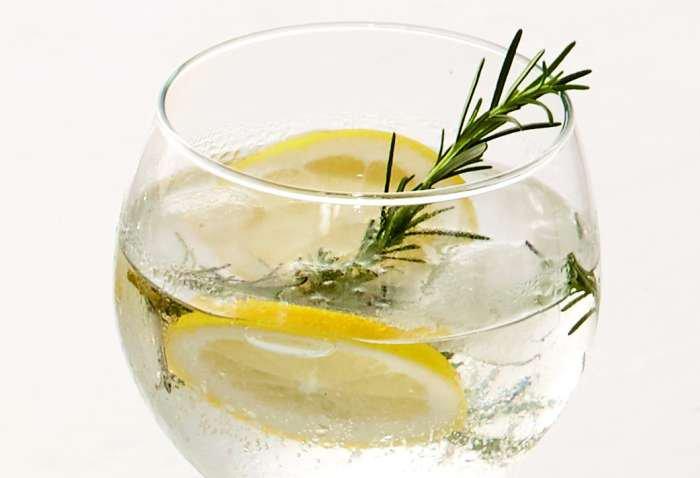 gin& tonic - texto