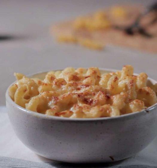macarrão com queijo - capa