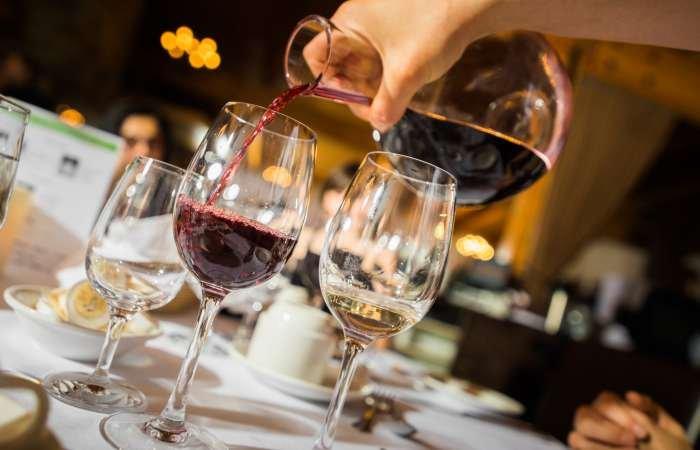 decanter de vinhos - servir