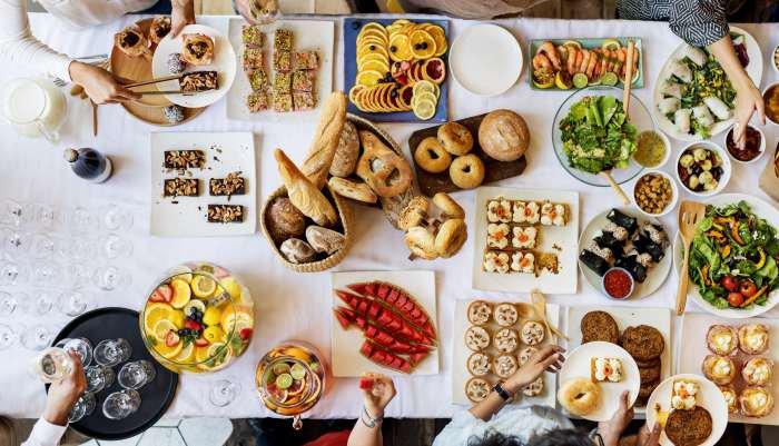 organizar um brunch - comidas