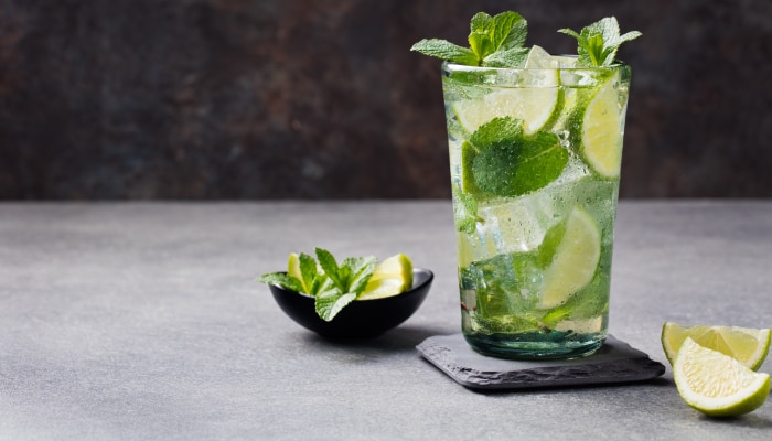 drinks com rum - mojito