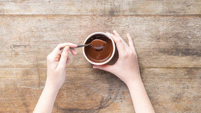 passo 1 - pirulitos de chocolate