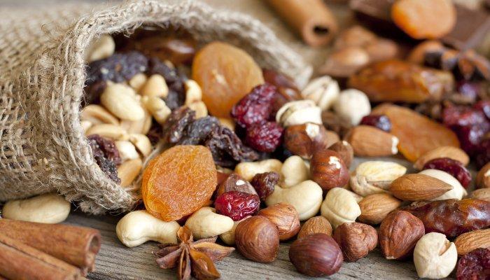 cesta de café da manhã frutos secos