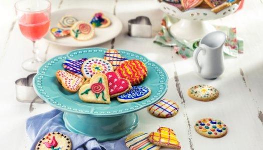 [Receita] Biscoitos de Amêndoas decorados com glacê colorido