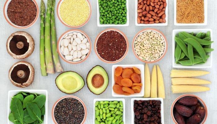 alimentos ricos em fibra e proteína comida