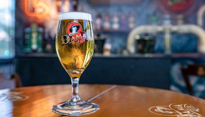 especial de microcervejaria dama bier