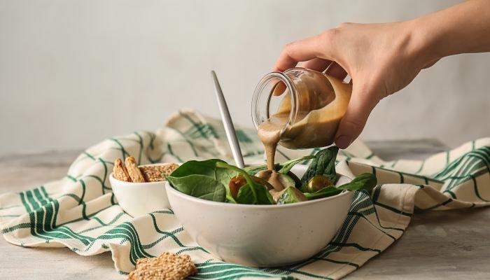 o que é tahine salada