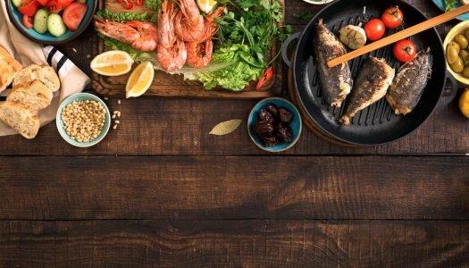 9 opções de jantar saudável com peixes e frutos do mar