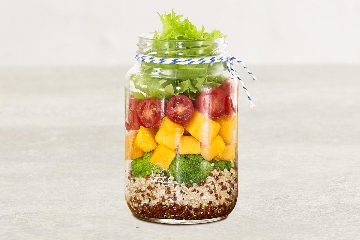 Salada verão no pote