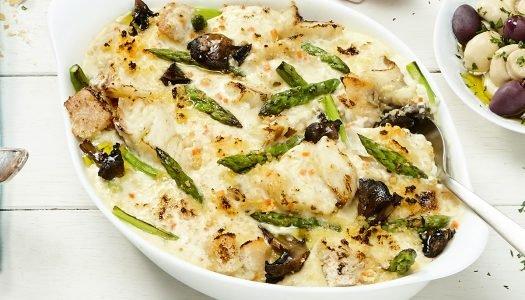 [Receita] Gratinado de Bacalhau com aspargos e cogumelos
