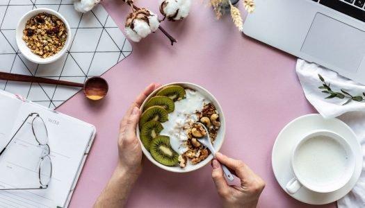 Home office: veja dicas para cuidar da sua alimentação em casa