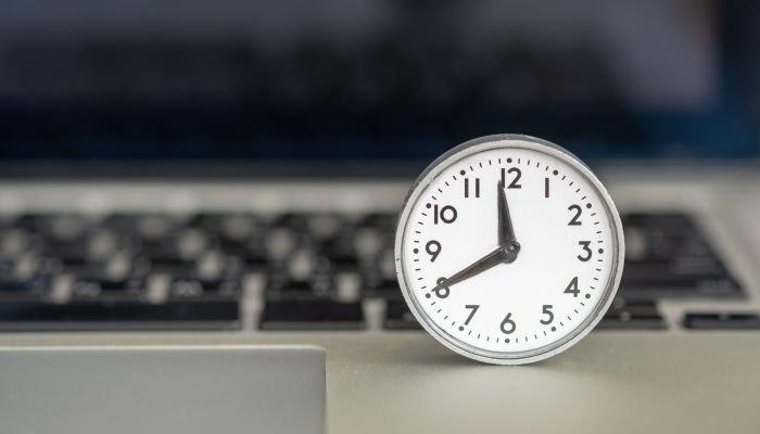 home office relógio