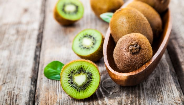 frutas cítricas kiwi