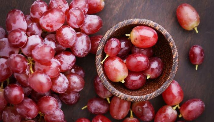frutas cítricas uva