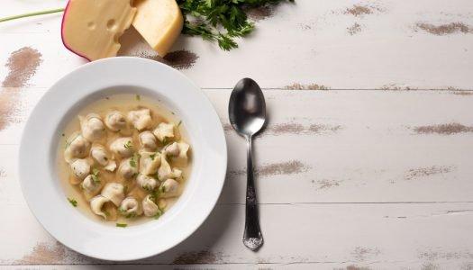 [Receita] Sopa de capeletti