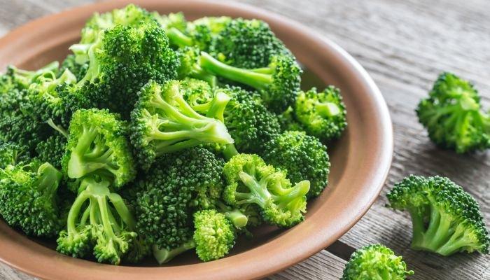 alimentos ricos em cálcio brócolis