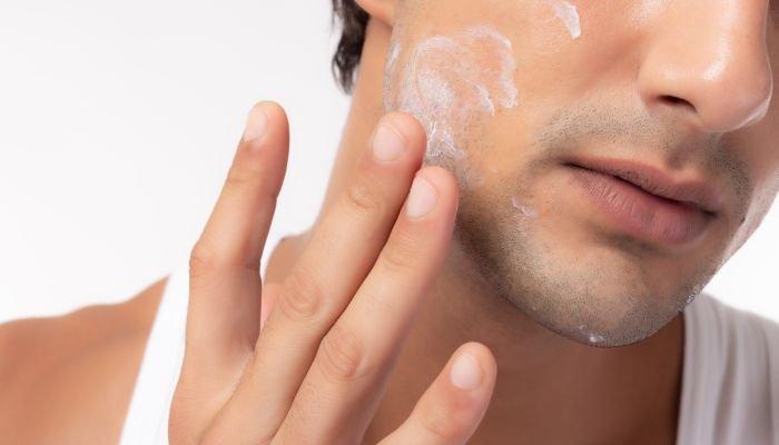 limpeza de pele masculina hidratar
