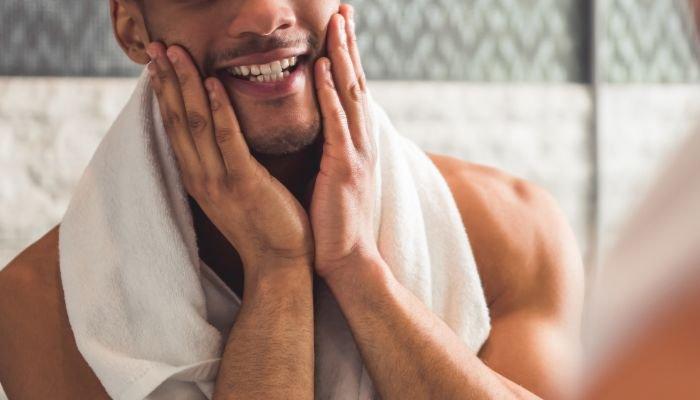 limpeza de pele masculina homem