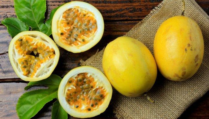 frutas amarelas maracujá