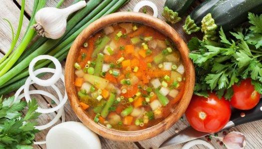 [Receita] Sopa de legumes caseira